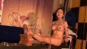 Chinese Model 李梓熙 Li ZiXi - Bondage Shoot BTS Part 4