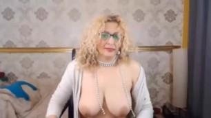 Eun LIVE on 720CAMS.COM - Mature from Bulgaria